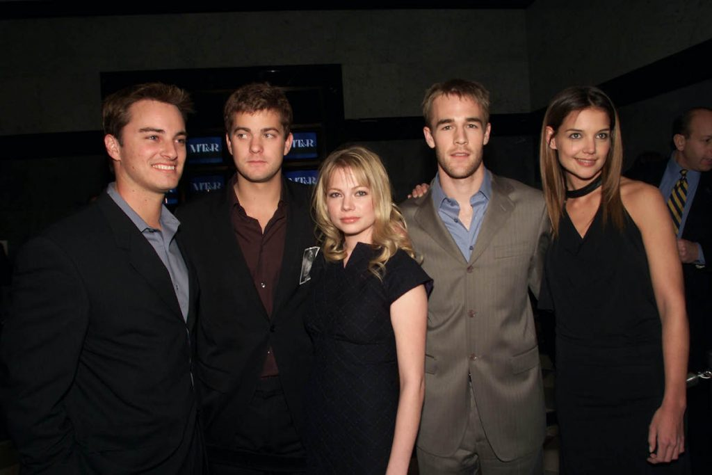 """Cast members Kerr Smith, Joshua Jackson, Michelle Williams, James Van Der Beek and Katie Holmes at a celebration for the 100th episode of """"Dawson's Creek"""" at the Museum of Television and Radio in New York City. Feb.19, 2002"""