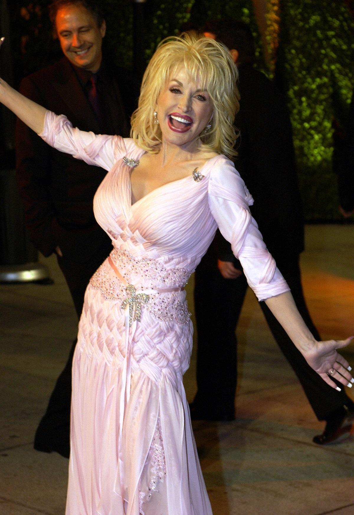 Dolly Parton in 2006