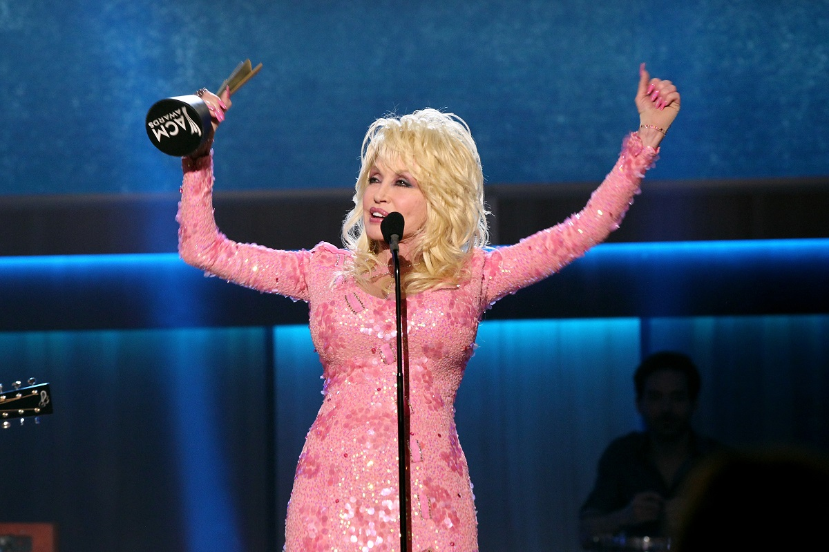 Dolly Parton at the ACM Honors in 2017