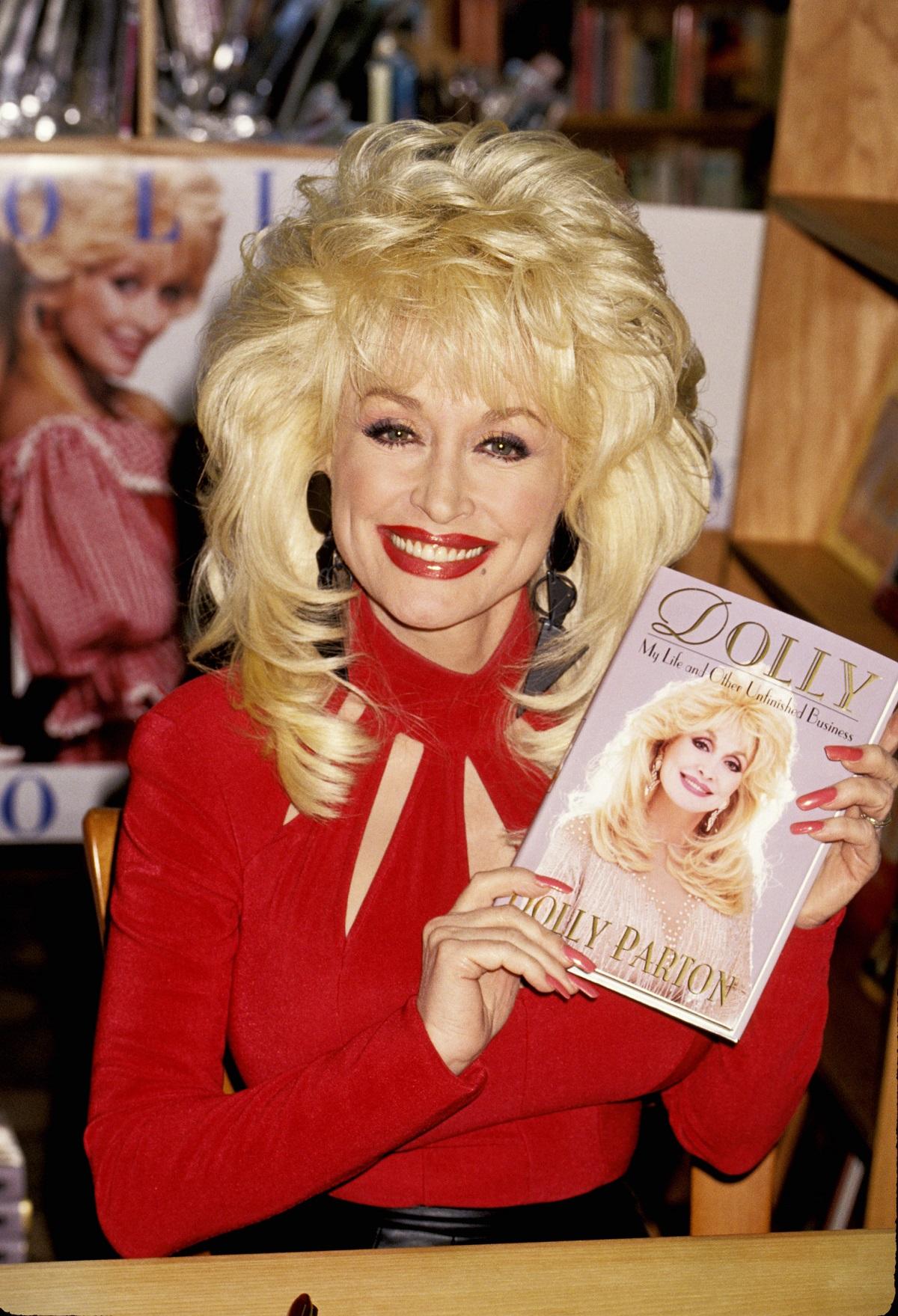 Dolly Parton at a book signing
