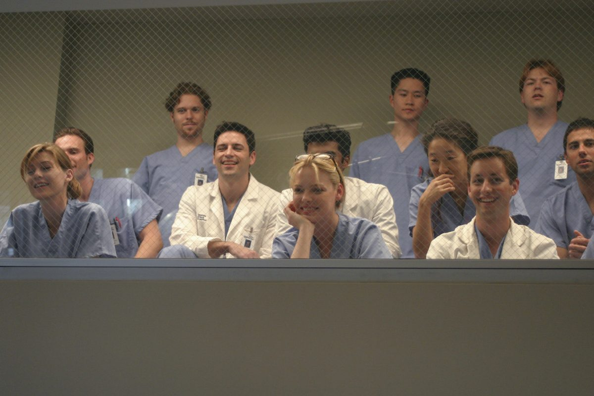 Ellen Pompeo, Katherine Heigl, and Sandra Oh in a scene from the 'Grey's Anatomy' pilot