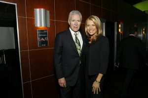 Vanna White Reacts to 'Jeopardy!' Host's Death: 'There Will Never Be Another Alex Trebek'