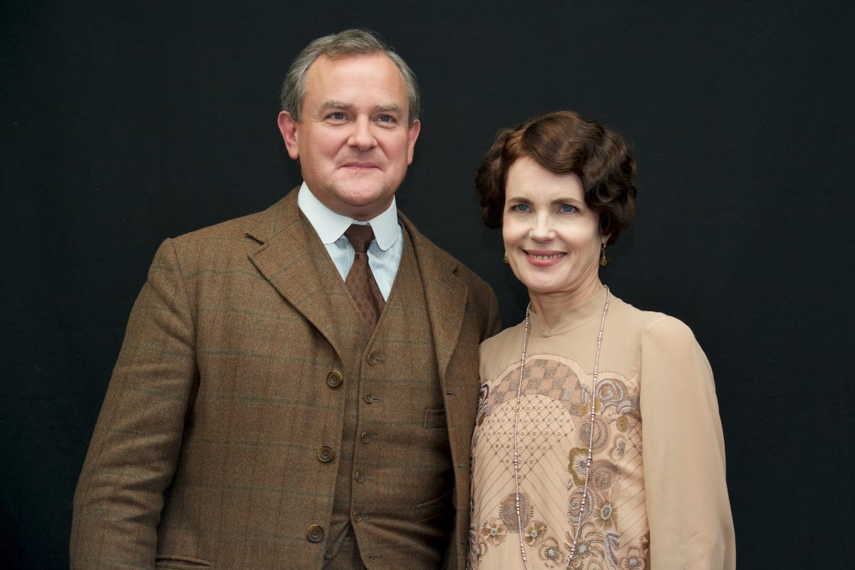 Hugh Bonneville and Elizabeth McGovern on the set of 'Downton Abbey'