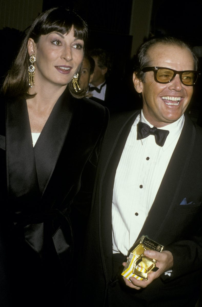 Jack Nicholson and Anjelica Huston attend 38th Annual Director's Guild of America Awards on March 8, 1986