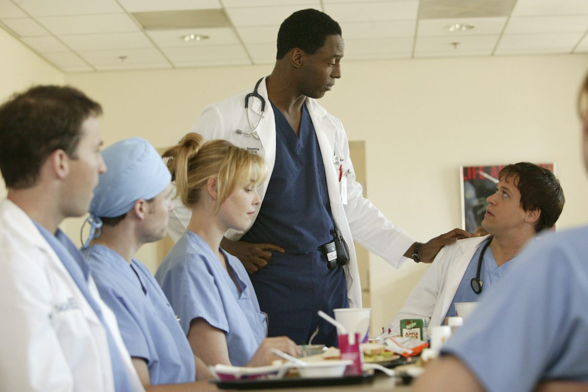 Katherine Heigl, Isaiah Washington, T. R. Knight during the pilot episode of 'Grey's Anatomy'