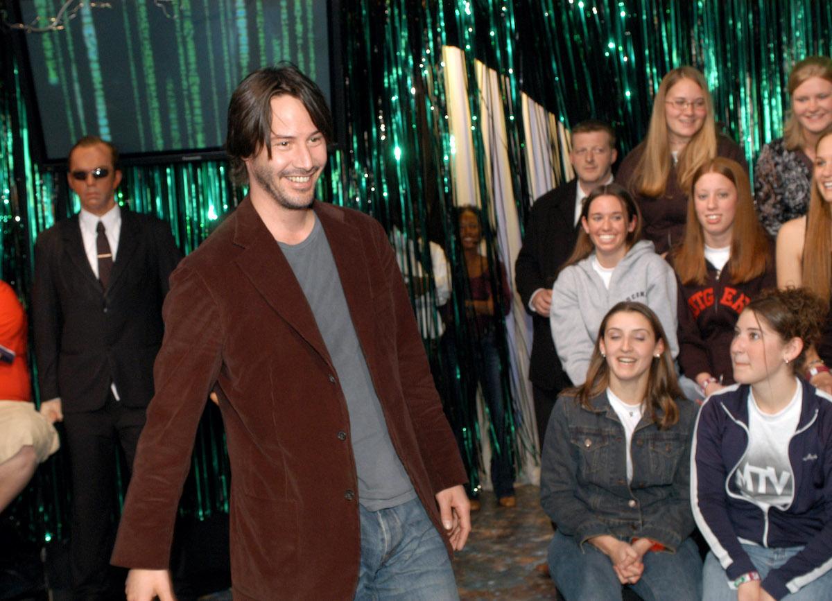 Keanu Reeves greets fans at MTV Studios