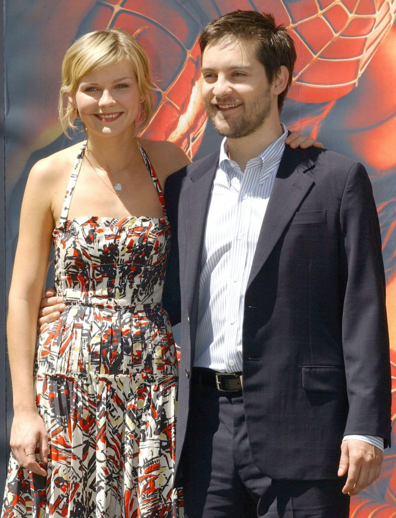 Kirsten Dunst and Tobey Maguire at a photocall for 'Spider-Man 2'