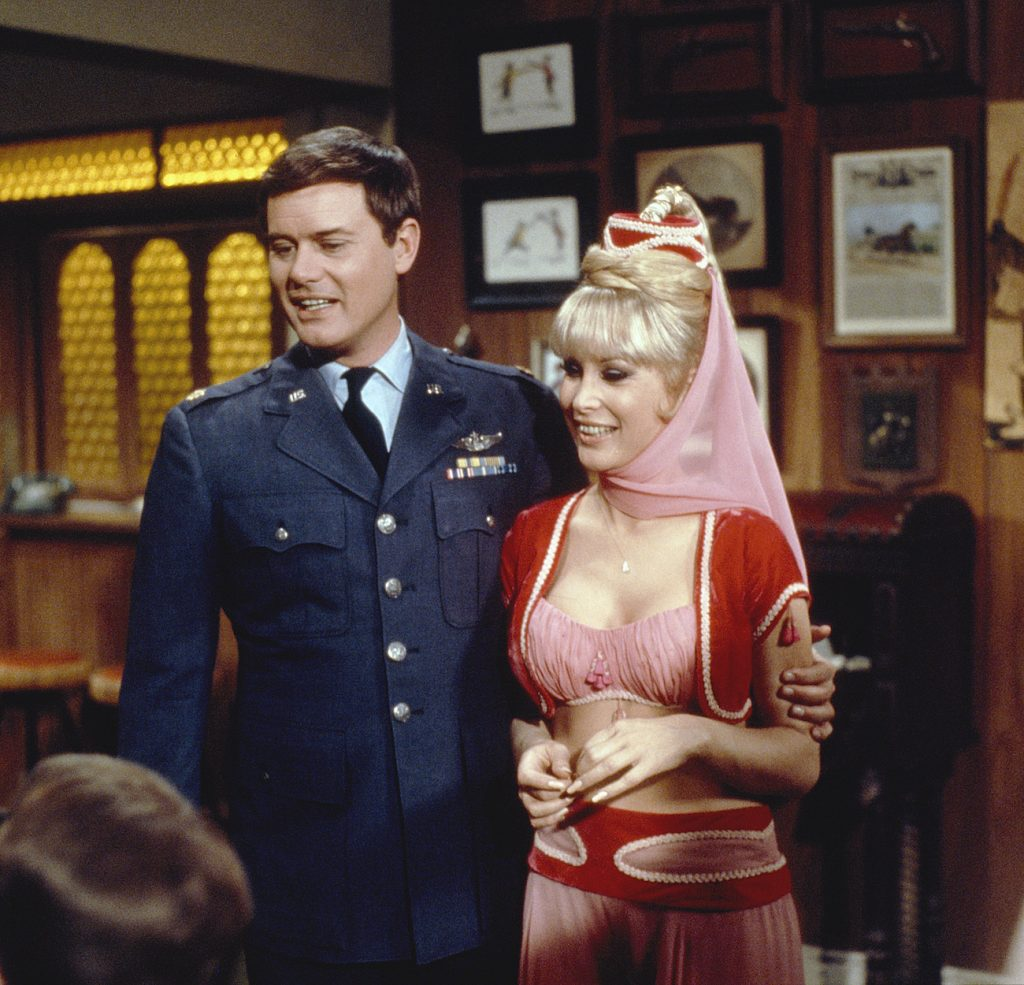 Larry Hagman and Barbara Eden of 'I Dream of Jeannie'