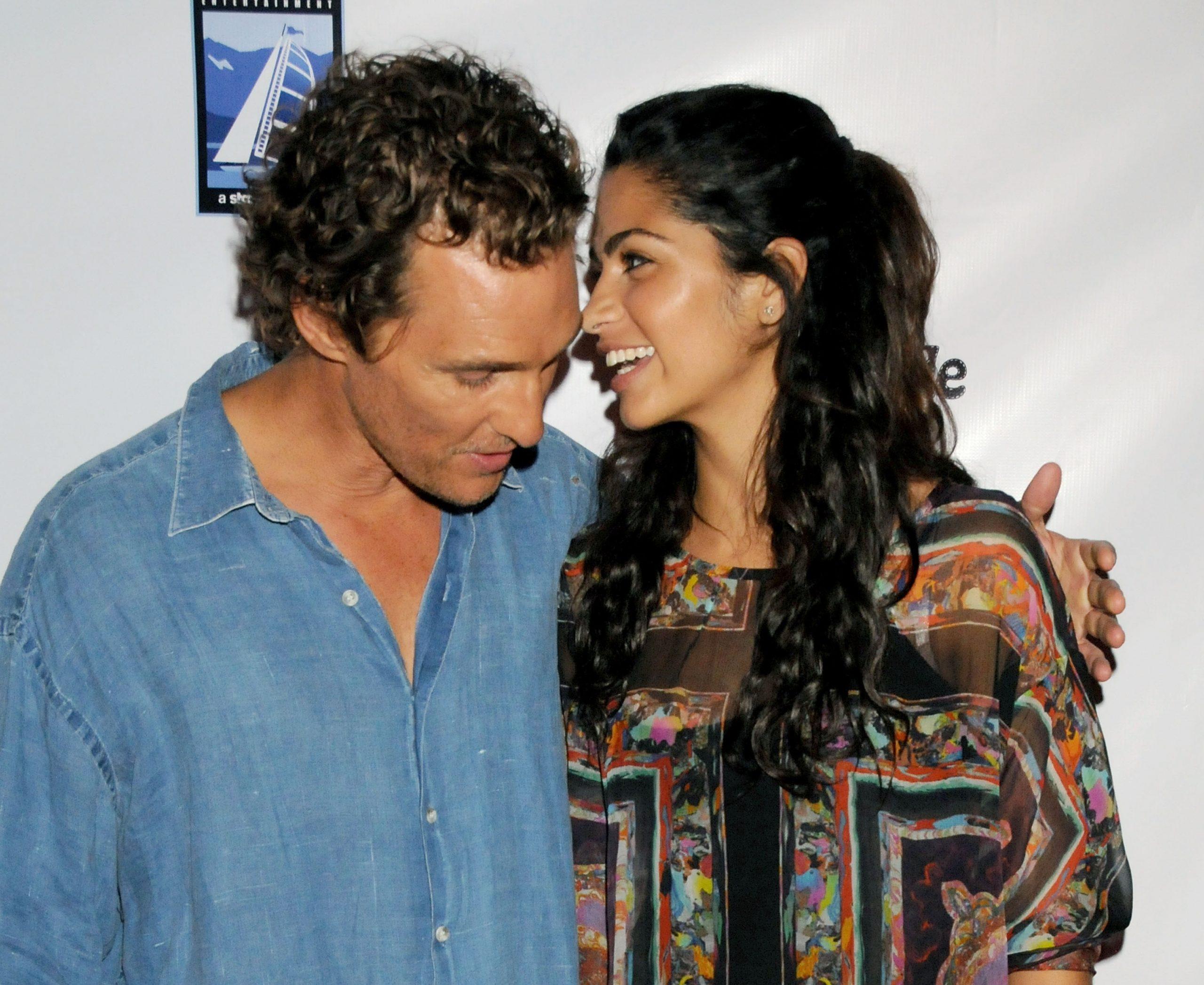 El actor Matthew McConaughey y la diseñadora Camila Alves