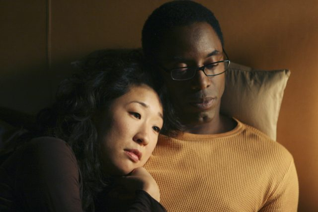 'Grey's Anatomy' Alum Sandra Oh Previously Revealed Her First Impression of Co-Star Isaiah Washington