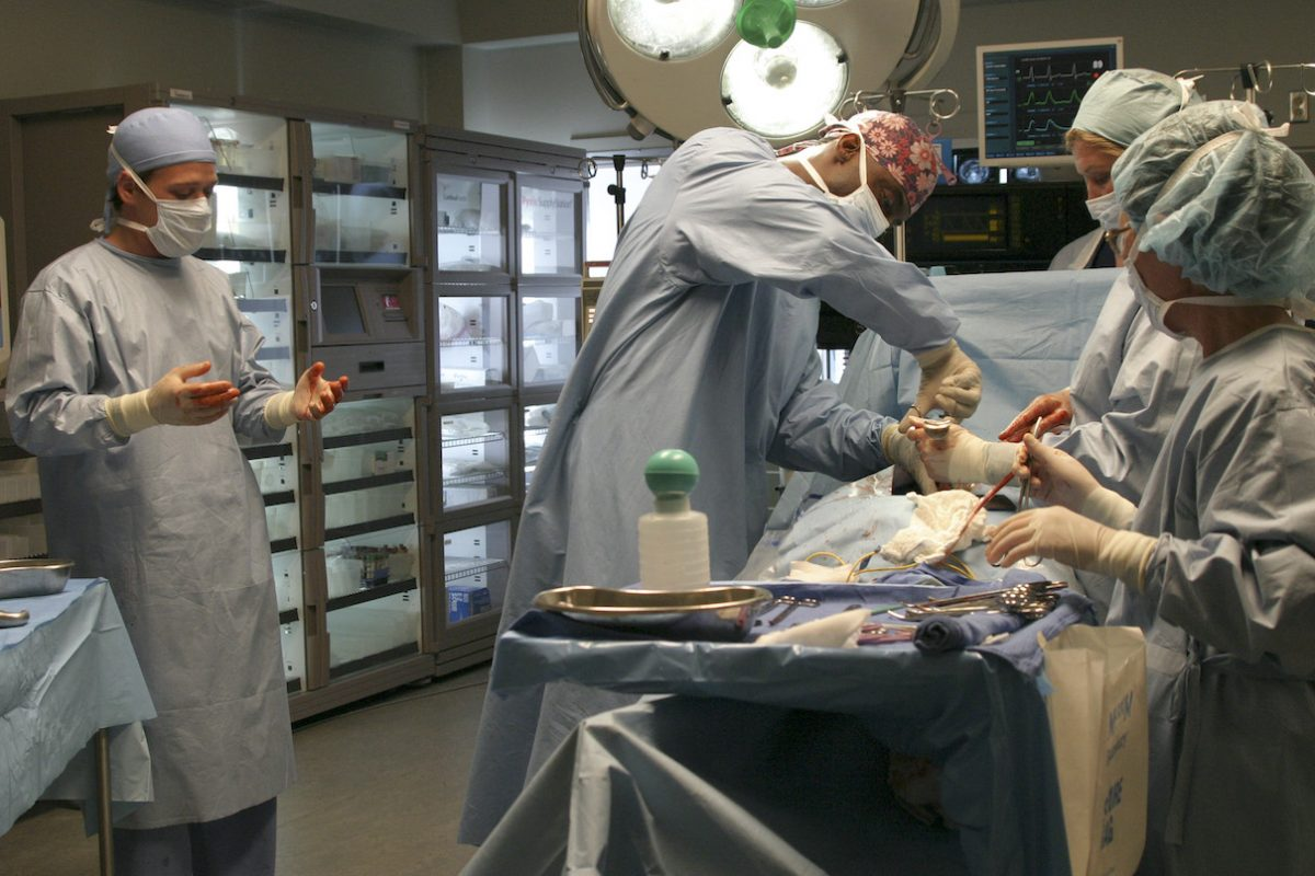T.R. Knight and Isaiah Washington in a scene from the 'Grey's Anatomy' pilot episode