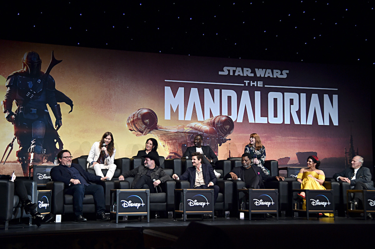 Moderator Ash Crossan with the cast and crew of 'The Mandalorian'