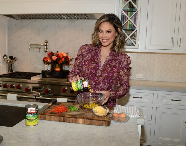 Vanessa Lachey Says She's Determined To Keep Christmas and Thanksgiving Traditions Alive in 2020