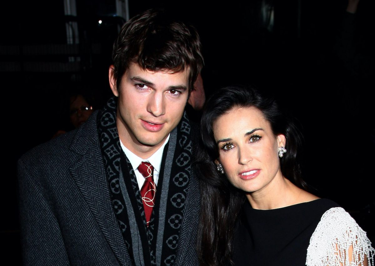 Demi Moore and Ashton Kutcher arrive at the UK Film Premiere of 'Flawless' on November 26, 2008