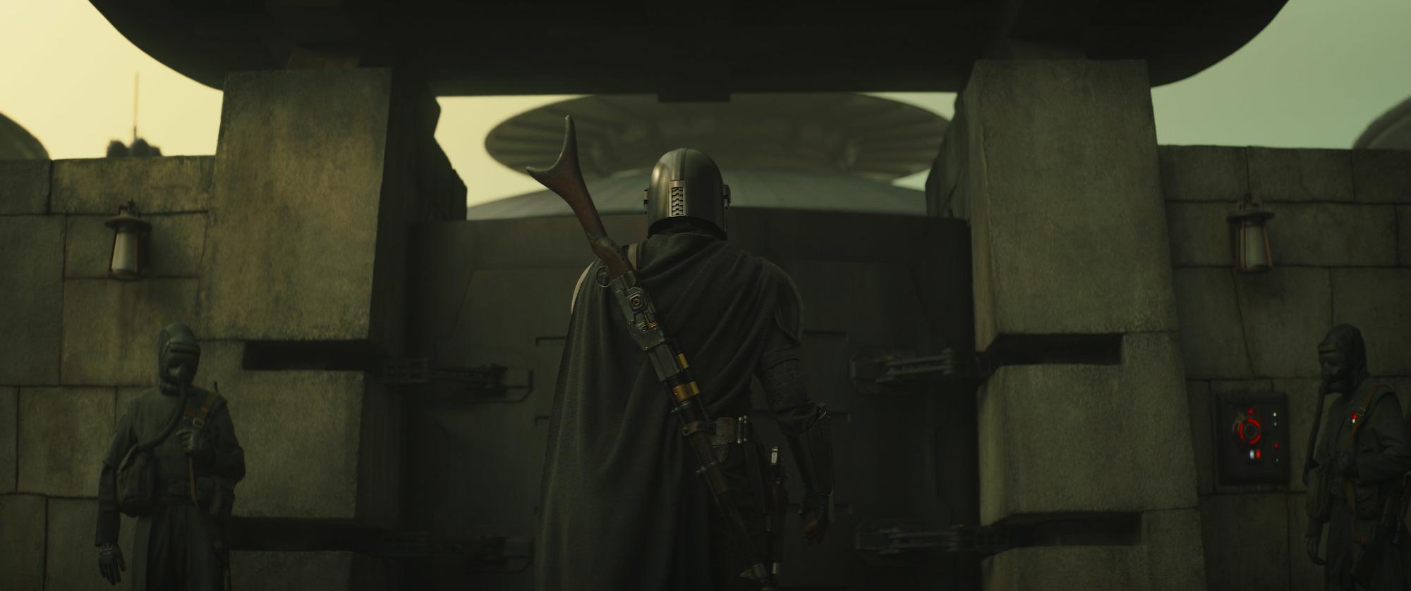 "Mando on Corvus in 'The Mandalorian' ""Chapter 13: The Jedi"""