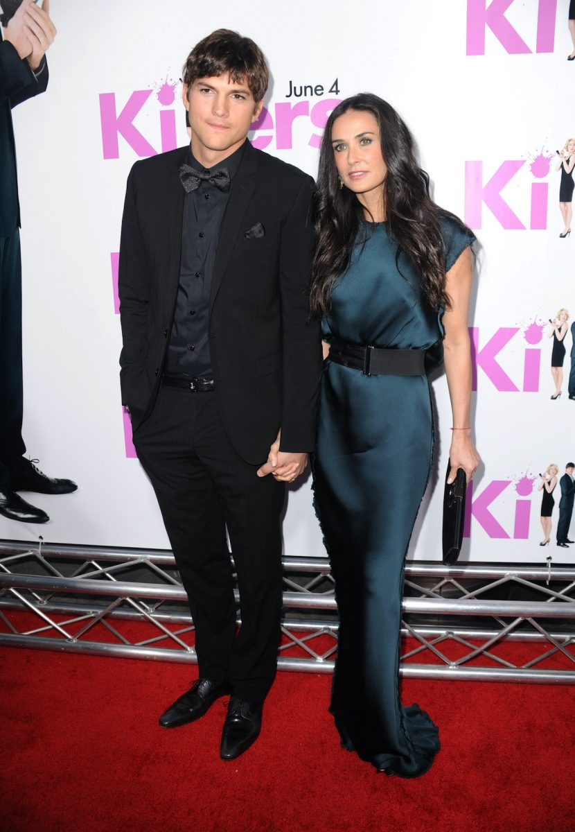 Ashton Kutcher and Demi Moore arrive to the premiere of Lionsgate's 'Killers' held at ArcLight Cinema