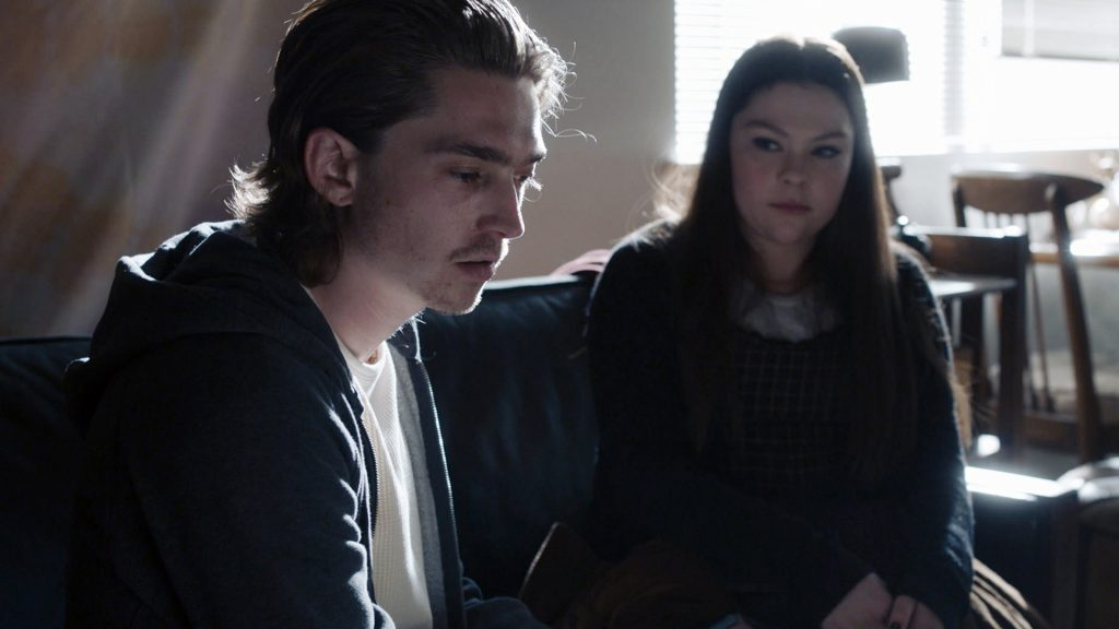 Austin Abrams as Marc and Hannah Zeile as Kate on 'This Is Us' Season 5 Episode 5