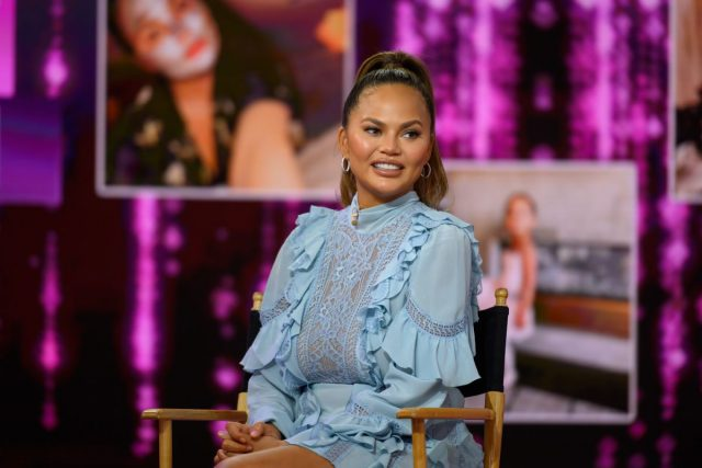 Chrissy Teigen Just Revealed That She's Four Weeks Sober and Fans Had a Lot to Say About It
