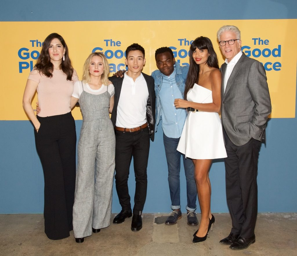 The Good Place cast: D'Arcy Carden, Kristen Bell, Manny Jacinto, William Jackson Harper, Jameela Jamil, and Ted Danson