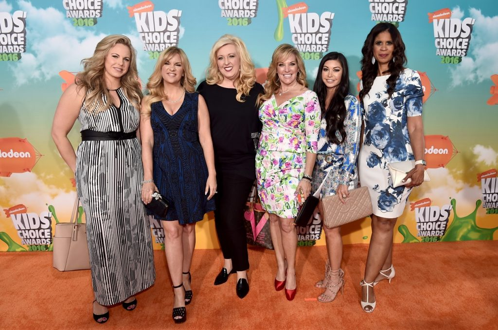 'Dance Moms': Cheryl Burke, Abby Lee Miller's Replacement, Reveals the Truth About the Moms - Showbiz Cheat Sheet