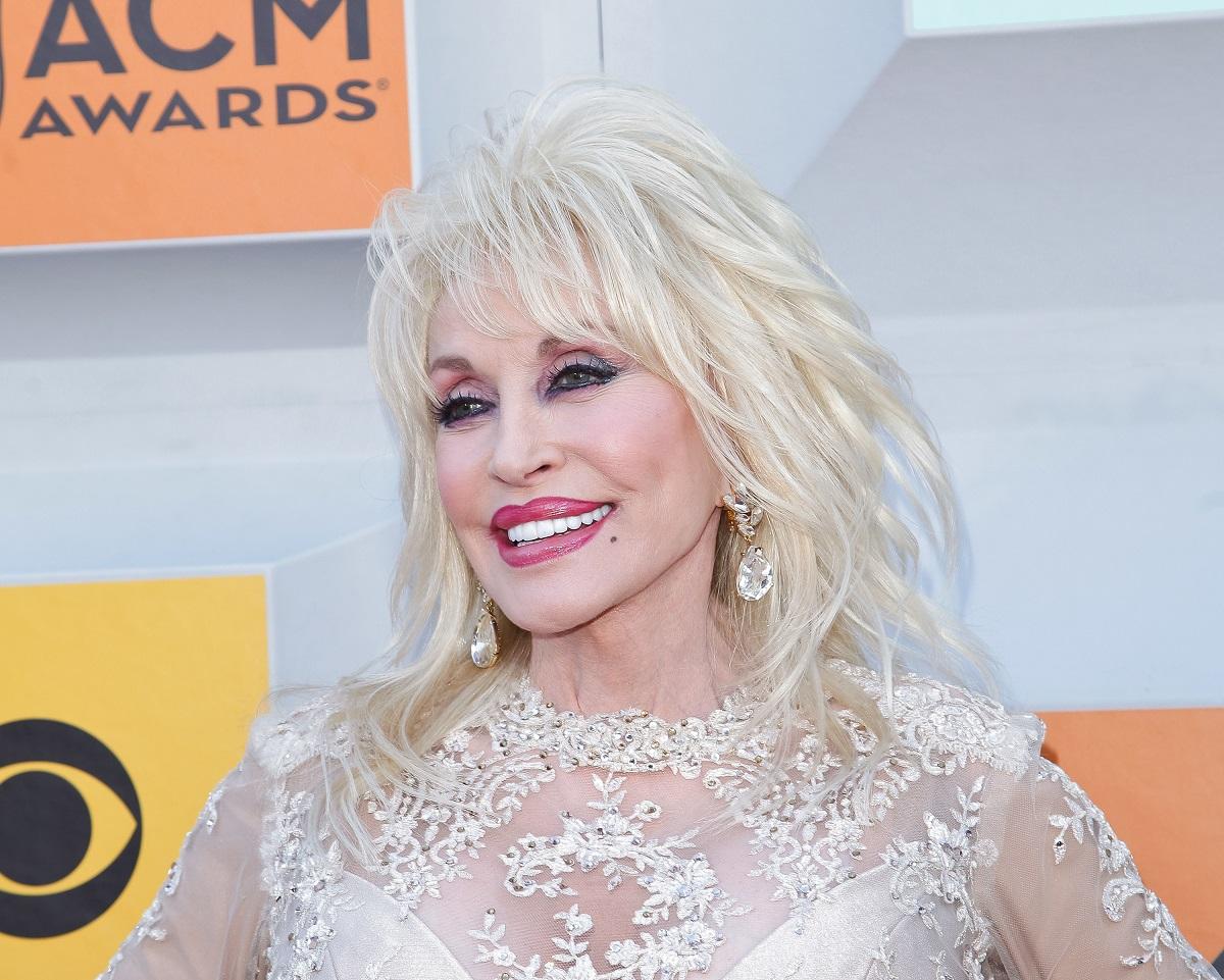 Dolly Parton in 2016