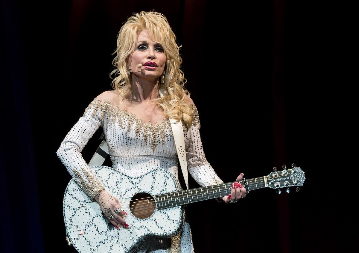 Dolly Parton performing in 2016