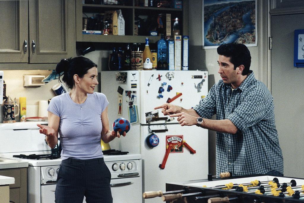 Courteney Cox as Monica Geller, David Schwimmer as Ross Geller on Friends Season 5 Episode 21