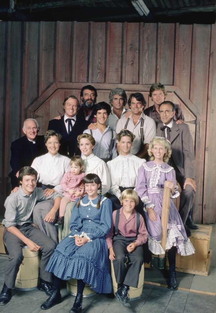 Melissa Gilbert and Shannen Doherty in a cast photo of 'Little House in the Prairie' in its 9th season