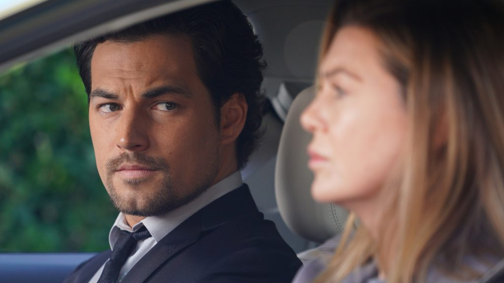 Giacomo Gianniotti as Andrew DeLuca and Ellen Pompeo as Meredith Grey on 'Grey's Anatomy'