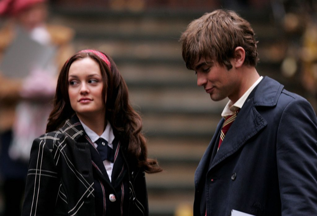 (L-R) Leighton Meester as Blair Waldorf and Chace Crawford as Nate Archibald on set of 'Gossip Girl'
