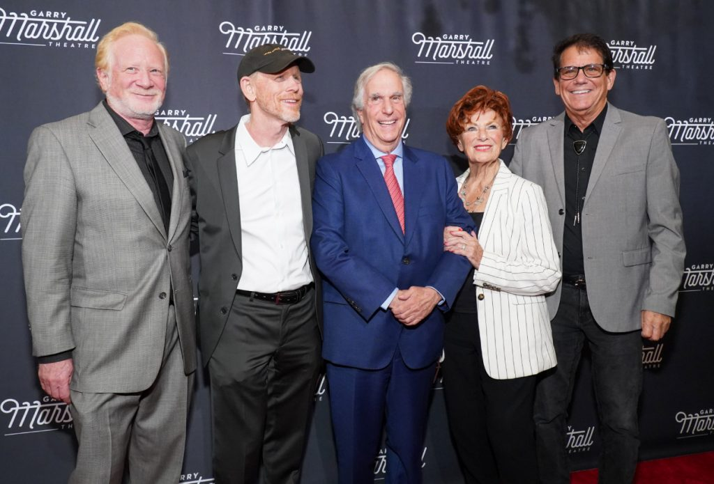 'Happy Days' cast members Don Most, Ron Howard, Henry Winkler, Marion Ross and Anson Williams smile for a photo
