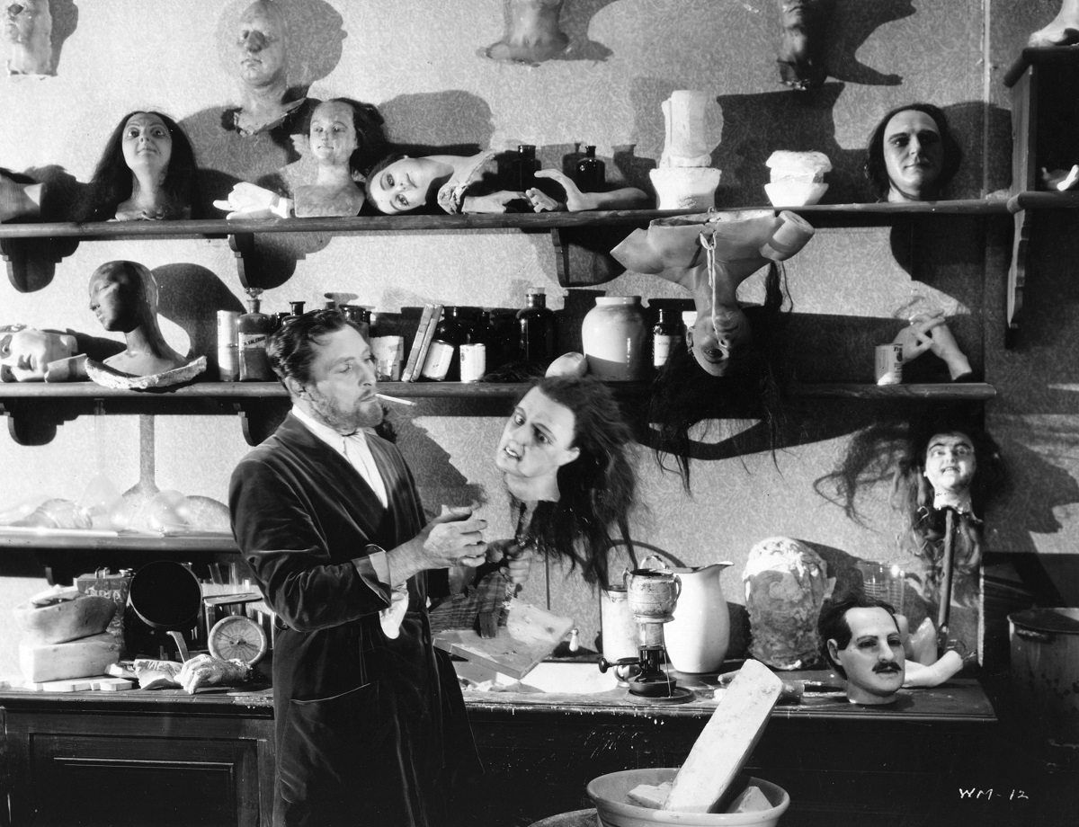 Lionel Atwill in 'Mystery of the Wax Museum'
