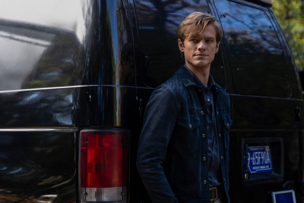 Lucas Till as MacGyver | Nathan Bolster/CBS via Getty Images