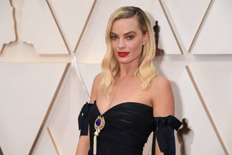 The Wolf Of Wall Street Did Margot Robbie Meet Jordan Belfort S Ex Wife