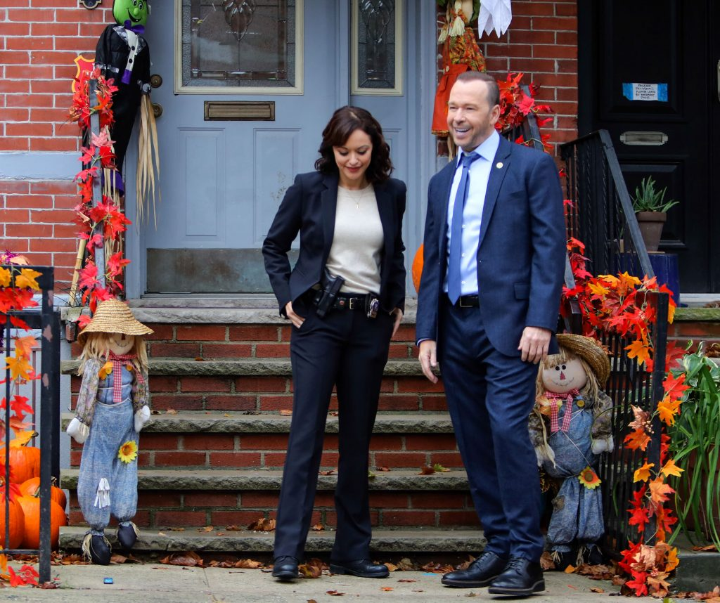 Marisa Ramirez and Donnie Wahlberg on the set of 'Blue Bloods' | Jose Perez/Bauer-Griffin/GC Images