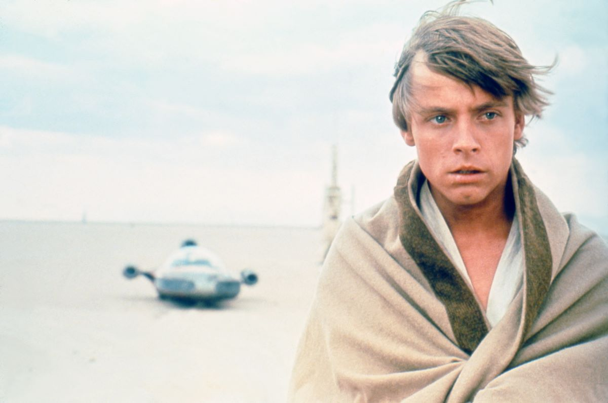 How 'The Mandalorian' Season 2 De-Aged Mark Hamill's Luke Skywalker Without CGI