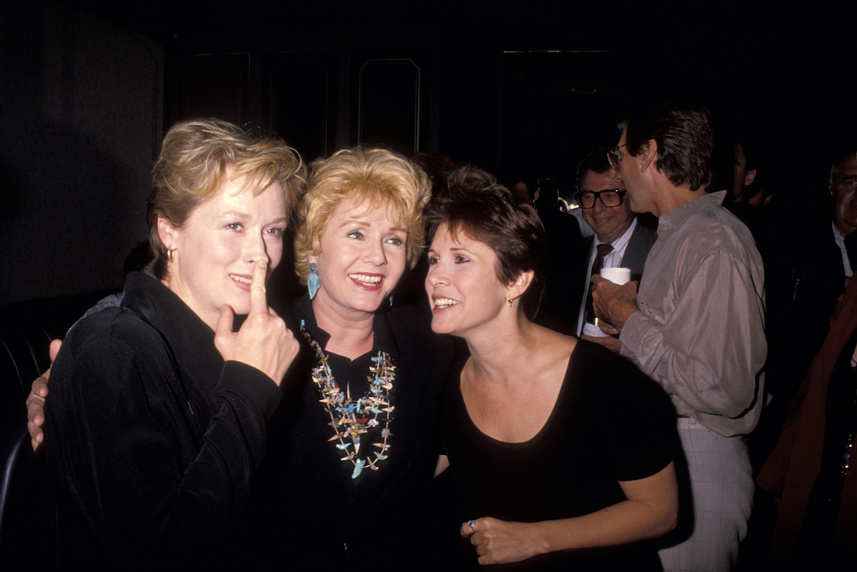 Meryl Streep, Debbie Reynolds, and Carrie Fisher at the 'Postcards From the Edge' premiere