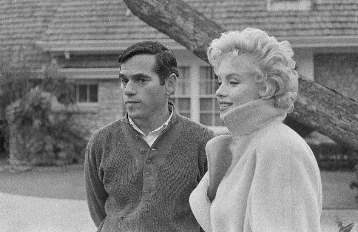 Marilyn Monroe with photographer Milton Greene