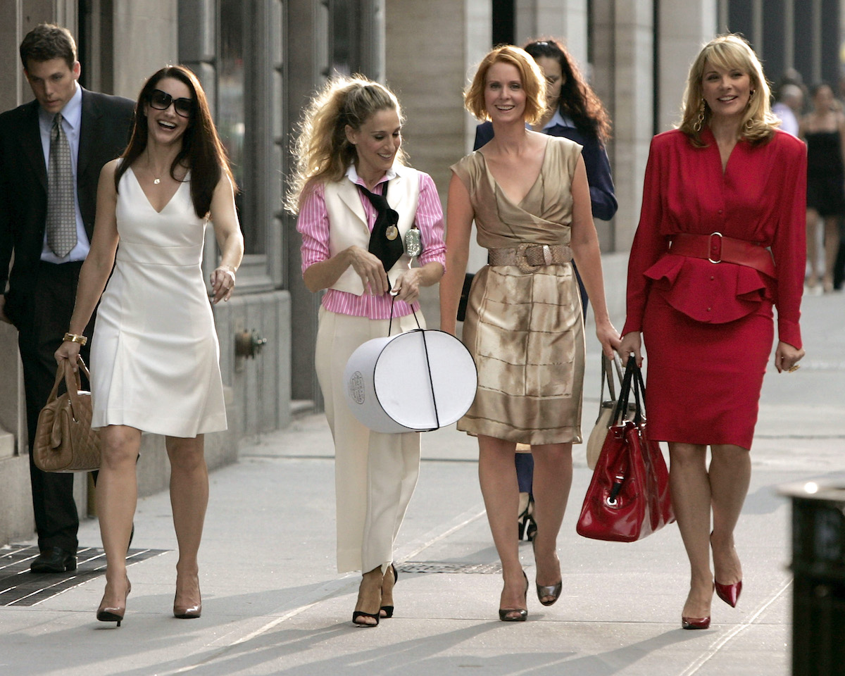 """Kristin Davis as """"Charlotte,"""" Sarah Jessica Parker as """"Carrie Bradshaw,"""" Cynthia Nixon as """"Miranda,"""" and Kim Cattrall as """"Samantha"""" on location for """"Sex and the City: The Movie"""""""