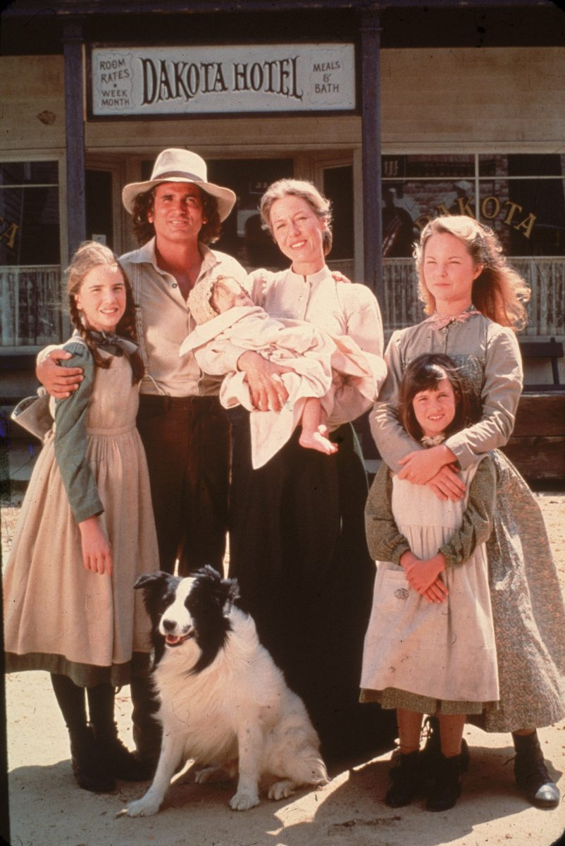 The cast of 'Little House on the Prairie' on the TV show's set