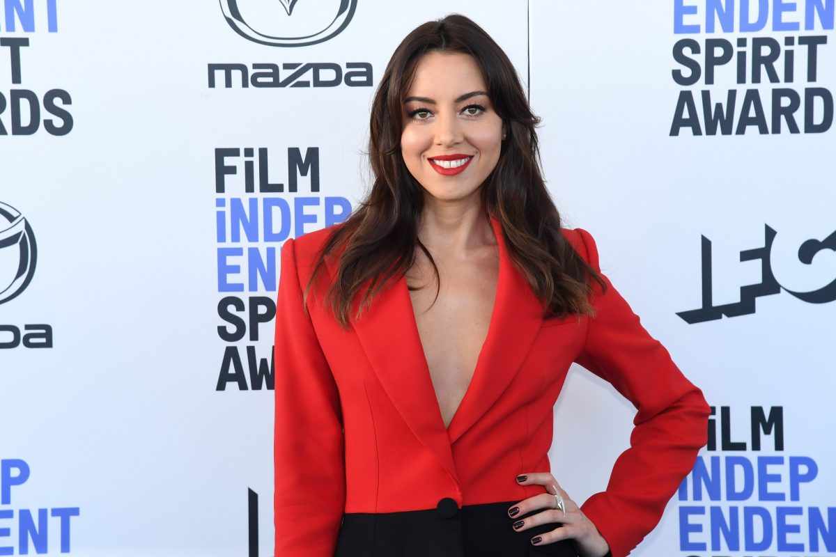 Aubrey Plaza attends the 2020 Film Independent Spirit Awards on February 08, 2020 in Santa Monica, California.