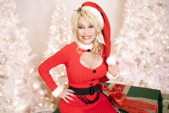 Dolly Parton, Gwen Stefani to Perform as Part of 2020 Rockefeller Center Christmas Tree Lighting: Here's How to Watch