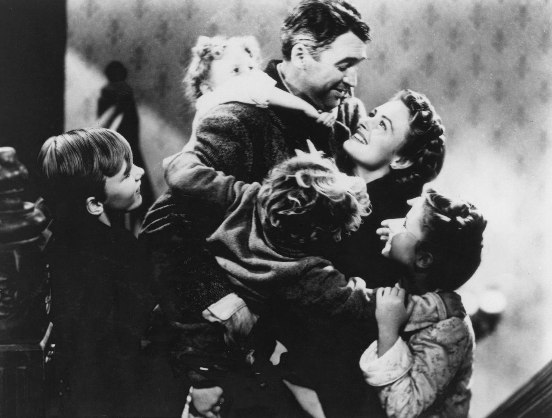 Jimmy Hawkins (Tommy Bailey), Karolyn Grimes (Zuzu Bailey) in It's a Wonderful Life