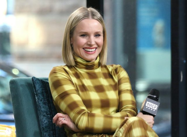 How Kristen Bell Hid Her Pregnancy During a Sex Scene With Adam Brody: He Called It a 'Threesome'