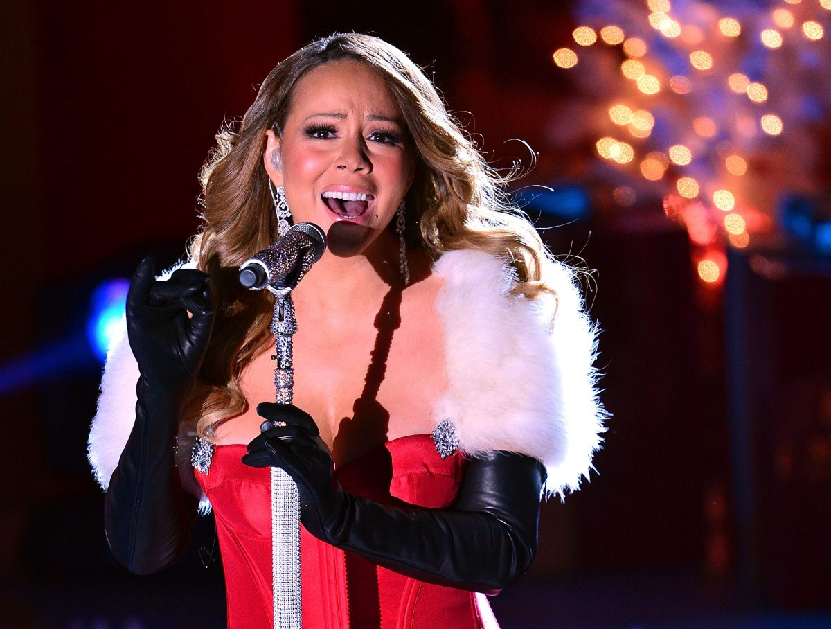 Mariah Carey performs at the 81st Annual Rockefeller Center Christmas Tree Lighting on December 3, 2013 in New York City.