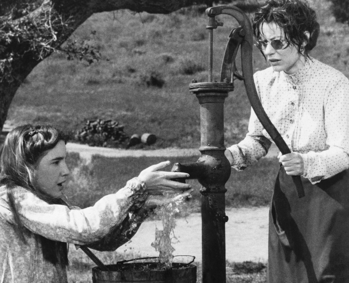 Melissa Gilbert and Patty Duke Astin in 'The Miracle Worker'