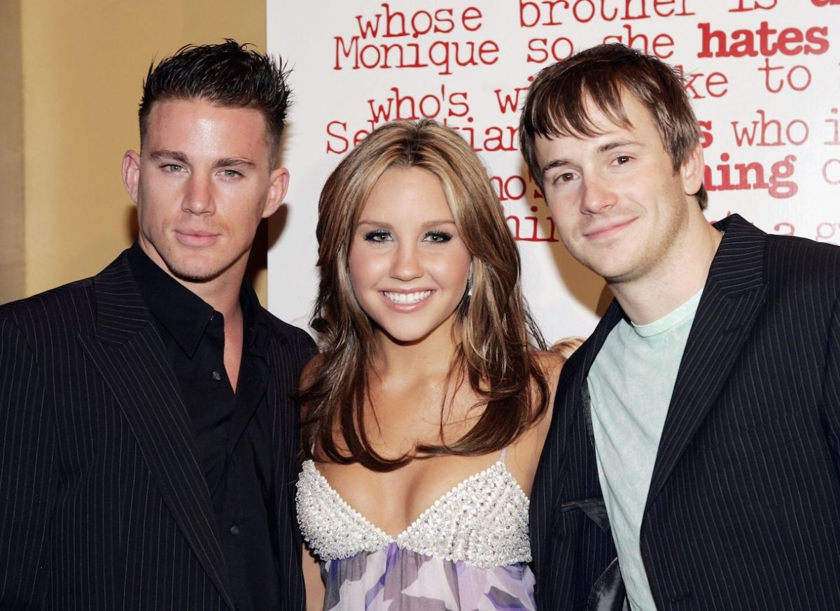 Actors Channing Tatum (L), Amanda Bynes and Robert Hoffman pose at the premiere of 'She's the Man'