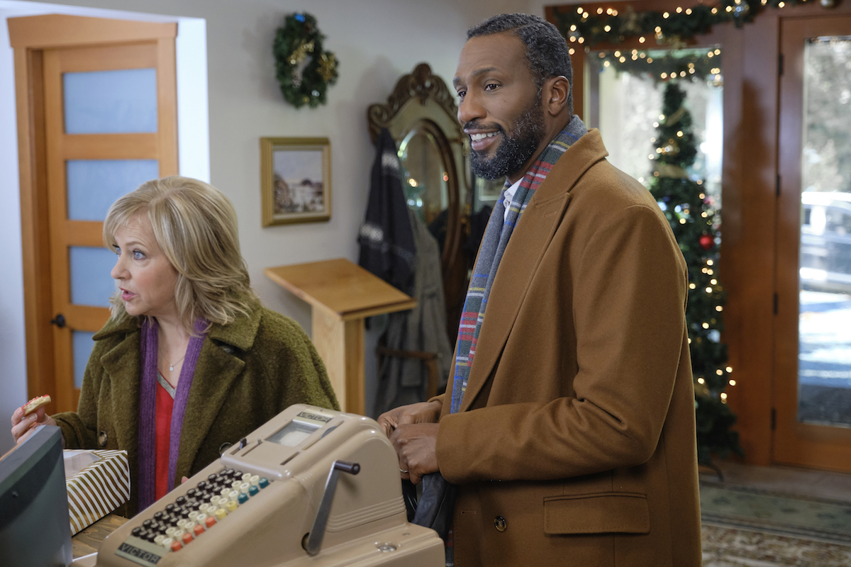 Lini Evans and Leon in Time for Us to Come Home for Christmas