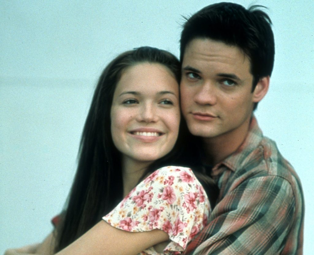 Mandy Moore is held by Shane West in a scene from the film 'A Walk To Remember', 2002   Warner Brothers/Getty Images