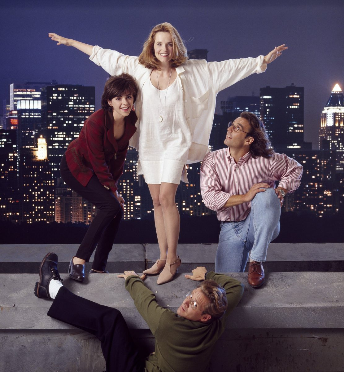 Lea Thompson as Caroline Duffy, Eric Lutes as Del Cassidy, Malcolm Gets as Richard Karinsky, Amy Pietz as Annie Viola Spadaro in 'Caroline in the City'